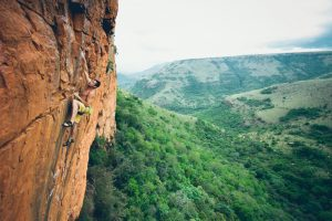 July2015-Trulia-How-Long-Does-It-Really-Take-To-Raise-Your-Credit-Score-man-rock-climbing