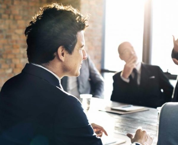 20160229200753-leadership-teamwork-business-group-collaboration-meeting